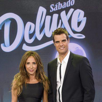María Patiño y David Aleman, los presentadores de 'Sábado Deluxe'