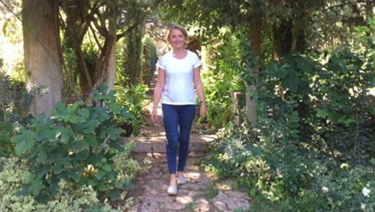 Esperanza Aguirre haciendo el Camino de Santiago