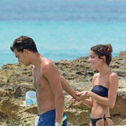 Pepe Barroso Junior y Tini Stoessel disfrutando de las playas de Formentera