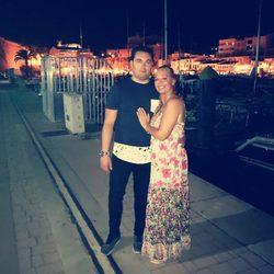 Belén Esteban y Miguel, disfrutando de las vacaciones en Menorca