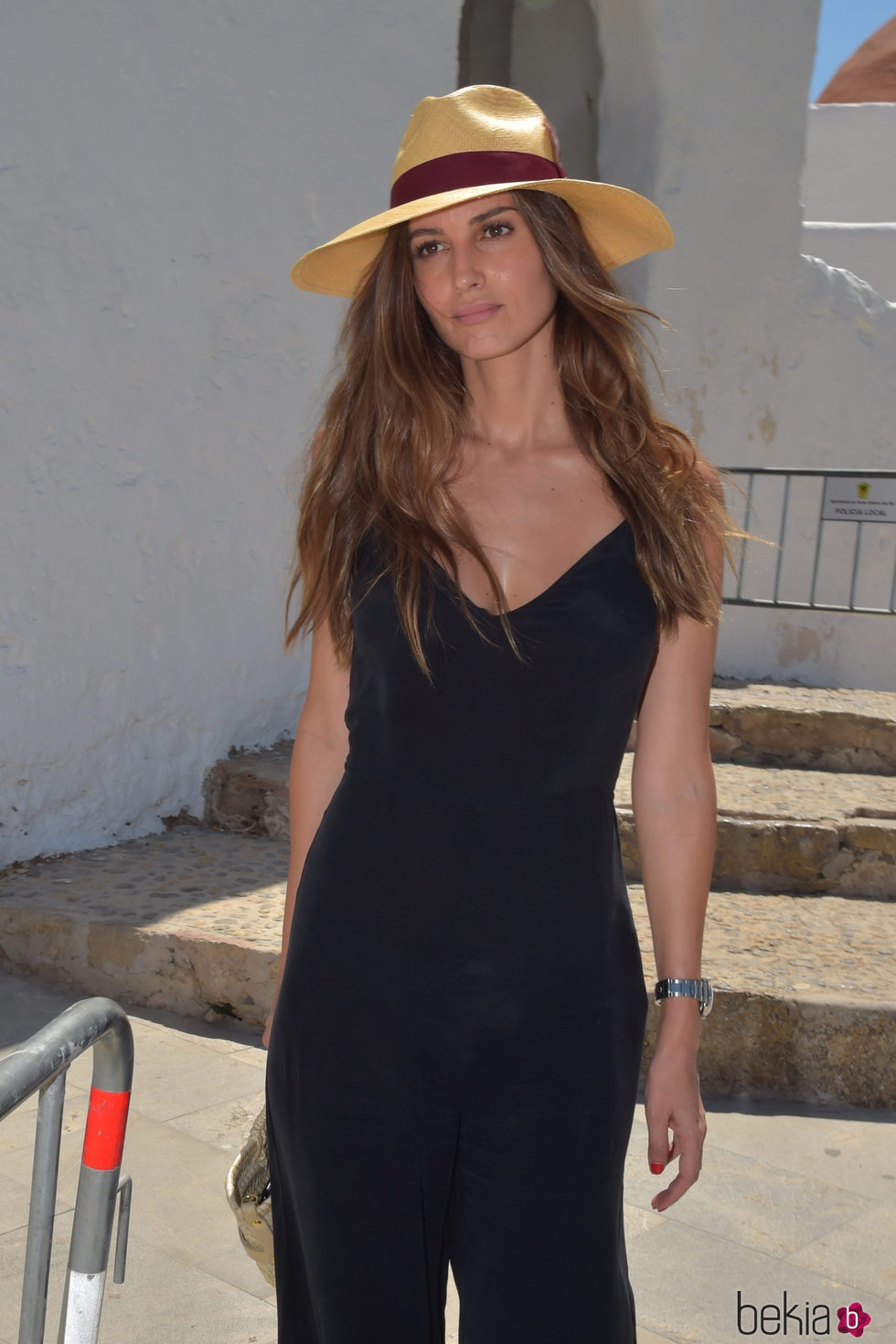 Ariadne Artiles acude a la incineración de Ángel Nieto