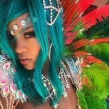 Rihanna se hace un selfie en el Carnaval de Barbados 2017