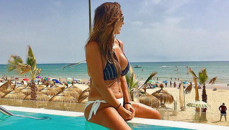 Anabel Pantoja disfrutando de sus vacaciones en Huelva