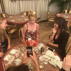 Melanie Griffith celebra su cumpleaños con sus hijas Dakota Johnson y Stella del Carmen