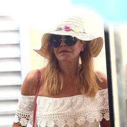 Tita Cervera disfruta de las vacaciones en Saint-Tropez