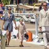 Jennifer Connelly junto a su hija Agnes y su marido Paul Bettany en Formentera