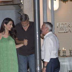 George Clooney y Amal Alamuddin de cena en Italia