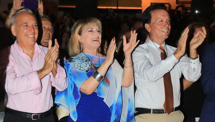 José Antonio, Gloria Mohedano y José Ortega Cano durante la semana cultura en honor a Rocío Jurado