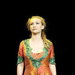 Tessa  Bodi en la obra de teatro 'Balansiya'