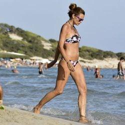 Esther Cañadas disfruta de las vacaciones en Ibiza