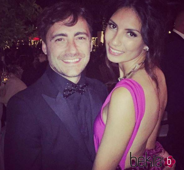 Pablo Nieto junto a su novia, Jennifer Palacios