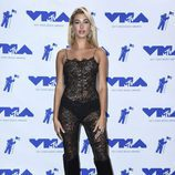 Hailey Baldwin en los MTV VMA 2017
