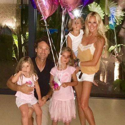 La familia de Carlos Moyá y Carolina Cerezuela al completo