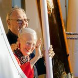 Margarita y Enrique de Dinamarca en el 18 cumpleaños de Nicolás de Dinamarca