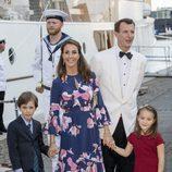 Joaquín y Marie de Dinamarca con sus hijos Enrique y Athena en el 18 cumpleaños de Nicolás de Dinamarca
