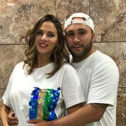 Kiko Rivera e Irene Rosales anunciando el sexo de su segundo hijo
