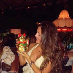 Malena Costa anuncia que se va a China con un juguete