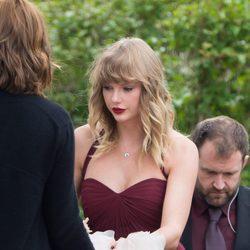 Taylor Swift en la boda de su mejor amiga