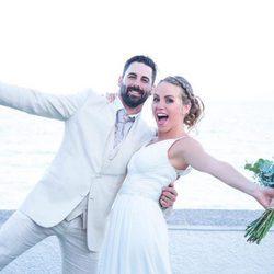 Yoli y Jonathan ('GH15') muy felices el día de su boda