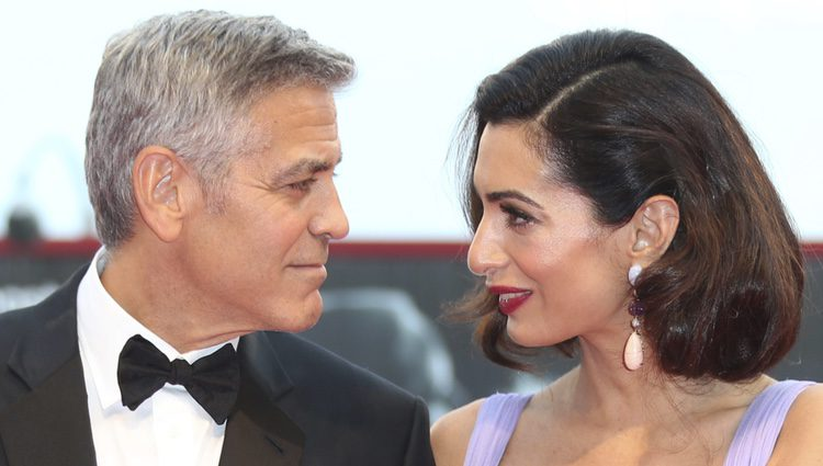 George Clooney Amal Alamuddin comparten miradas en el Festival de Venecia 2017
