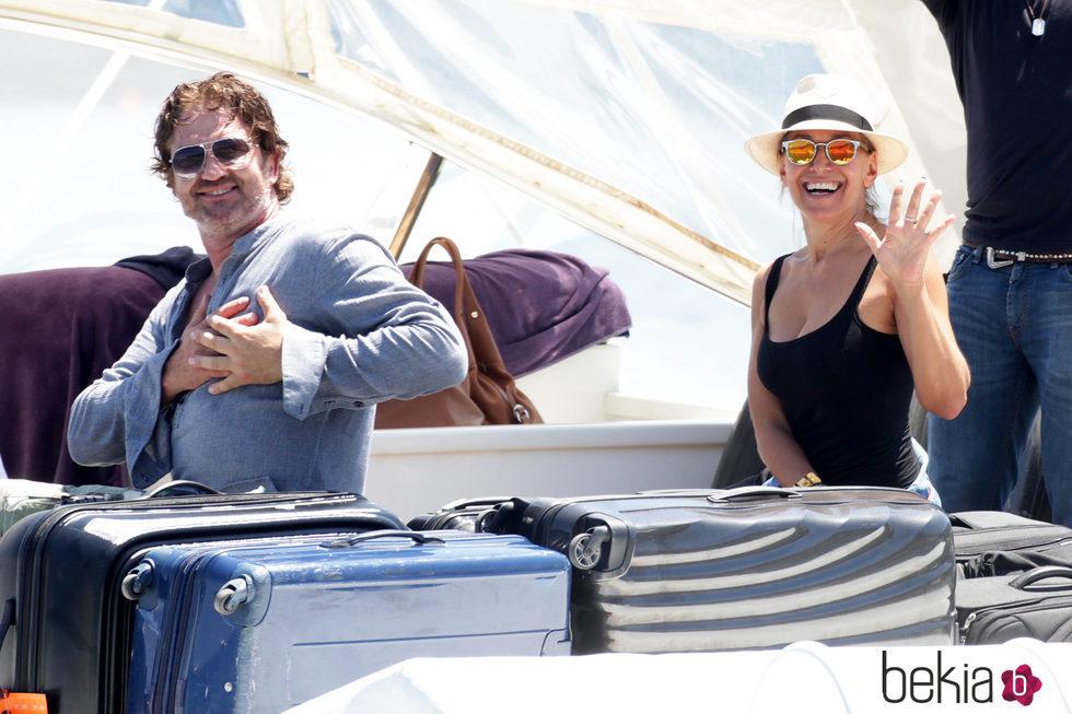 Gerard Butler con su novia Bárbara D'Urso de vacaciones en Ischia