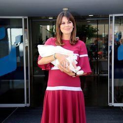 María José Suárez presenta a su primer hijo Elías Nieto