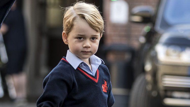 El Príncipe Jorge llega a su primer día de colegio en el Thomas's Battersea