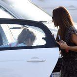Paula Echevarría llevando a su hija Daniella al colegio