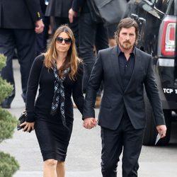 Christian Bale y Sibi Blazic en el funeral de Chris Cornell