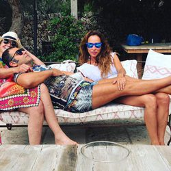 Jorge Javier Vázquez, María Patiño y Mila Ximénez de vacaciones en Menorca