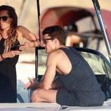 Álex González de vacaciones en Ibiza con una amiga