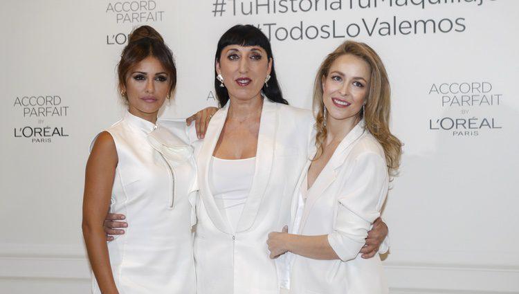 Silvia Abascal, Rossy de Palma y Mónica Cruz durante un evento de L'oreal