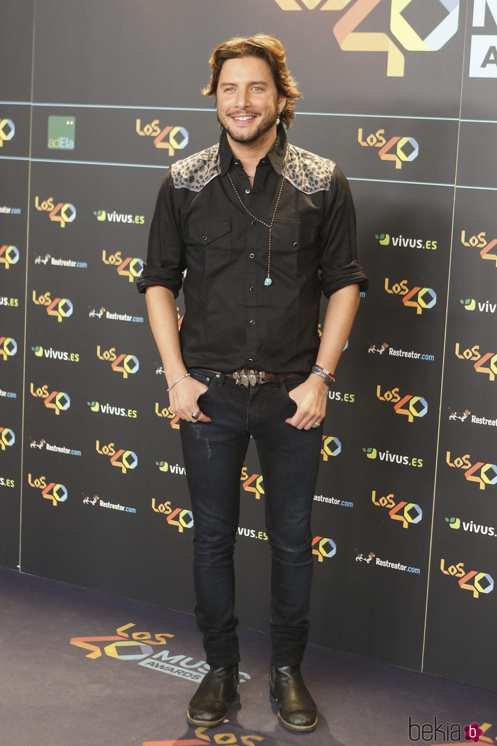 Manuel Carrasco en la cena de los nominados a los Premios 40 Pricipales 2017