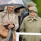 La Reina Isabel y Camilla Parker Bowles