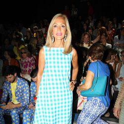 Carmen Lomana en el front row desfile de Ágatha Ruiz de la Prada en Madrid Fashion Week primavera/verano 2018