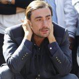 Gelete Nieto muy emocionado en el homenaje de Ángel Nieto en las puertas del Bernabéu