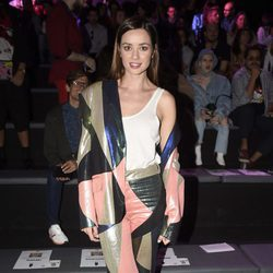 Dafne Fernández en los desfiles de María Escoté y Maya Hansen en la Madrid Fashion Week 2017