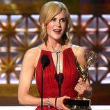 Nicole Kidman con su premio Emmy a Mejor actriz dramática
