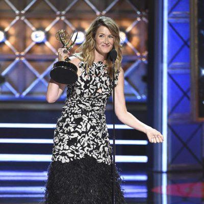 Laura Dern agradeciendo su Emmy 2017 a Mejor actriz de reparto
