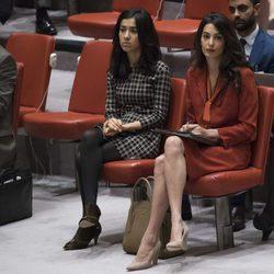 Amal Alamuddin durante una reunió en la sede de la ONU