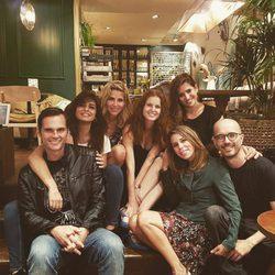 Elsa Pataky, Lucía Jiménez, Marian Aguilera, Aurora Carbonell, Roberto Hoyas y Mariano Alameda se reencuentran en Madrid