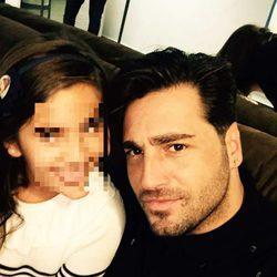 David Bustamante con su hija Daniella en su concierto en Las Rozas