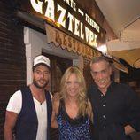 Alessandro Livi, Belén Rodríguez y Kiko Hernández disfrutando de una cena en Madrid