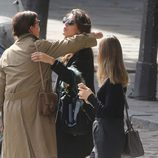 Carolina de Mónaco y Carlota Casiraghi se despiden frente a Alexandra de Hannover tras comer juntas