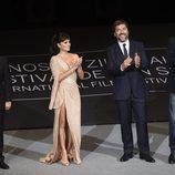 Penelope Cruz, Javier Bardem y todo el equipo de 'Loving Pablo' en San Sebastián