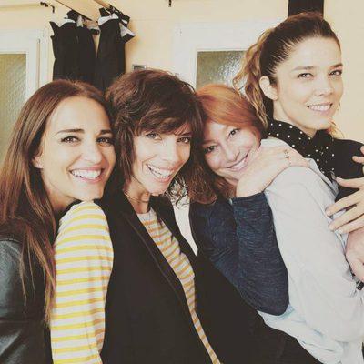 Paula Echevarría, Maribel Verdú, Gracia Querejeta y Juana Acosta en el rodaje de 'Ola de Crímenes'