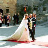 La Infanta Cristina llega a su boda con Iñaki Urdangarin junto al Rey Juan Carlos
