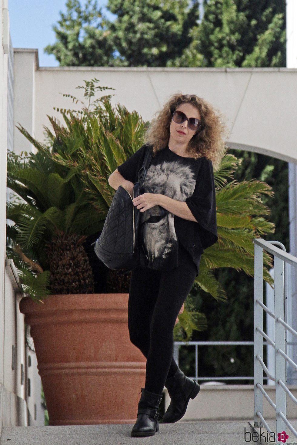Silvia Abascal saliendo de una revisión ginecológica