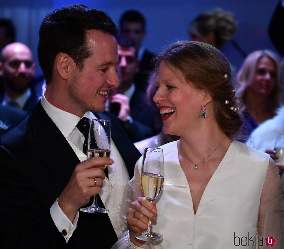 Felipe de Serbia y Danica Marinkovic en el banquete de su boda