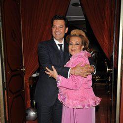 Carmen Sevilla con su hijo Augusto Algueró Junior